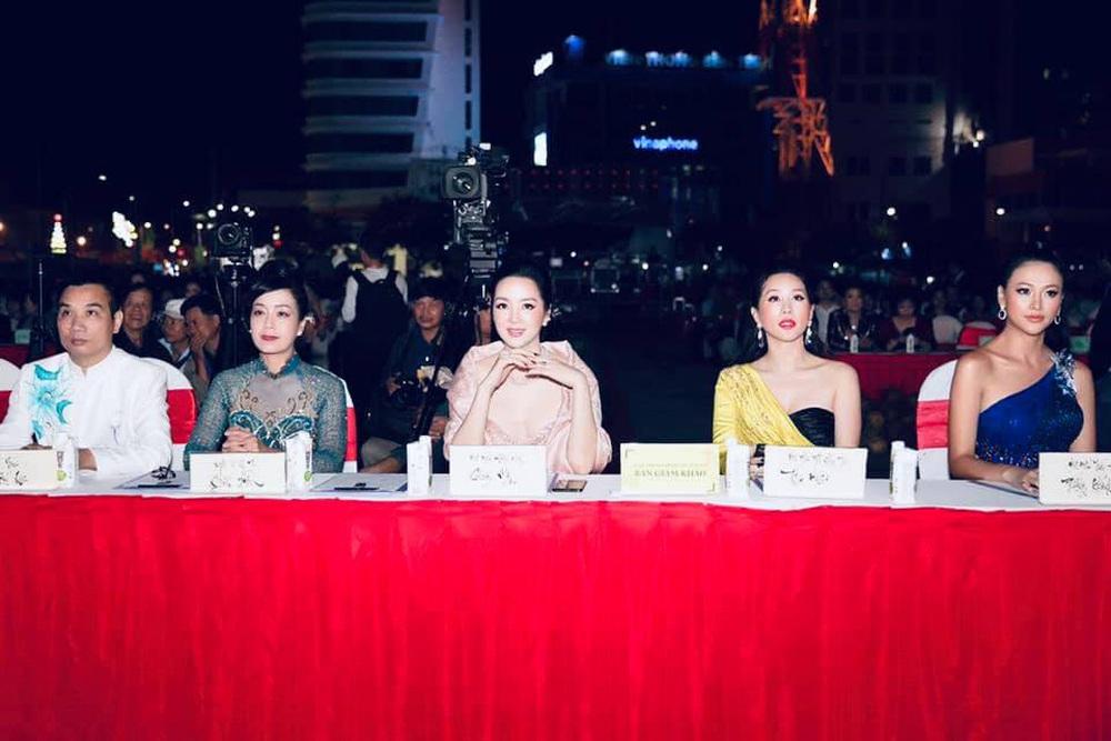 Bùi Kim Quyên đăng quang Người đẹp Xứ dừa 2019 - Ảnh 7.