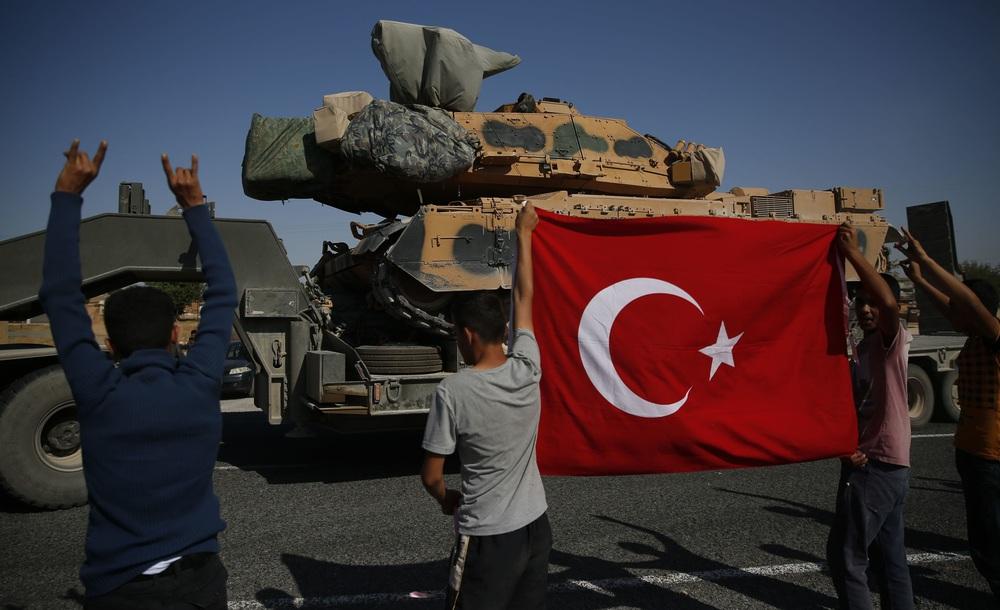 """Bị Thổ Nhĩ Kỳ cho ăn """"bánh vẽ"""", Nga ngây thơ rơi vào bẫy tử thần ở Bắc Syria? - Ảnh 1."""