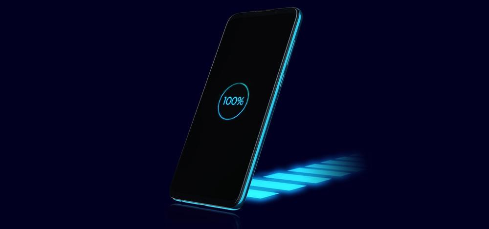 Cận cảnh mẫu điện thoại được Vingroup giảm giá 50%, đang trong tình trạng cháy hàng - Ảnh 10.