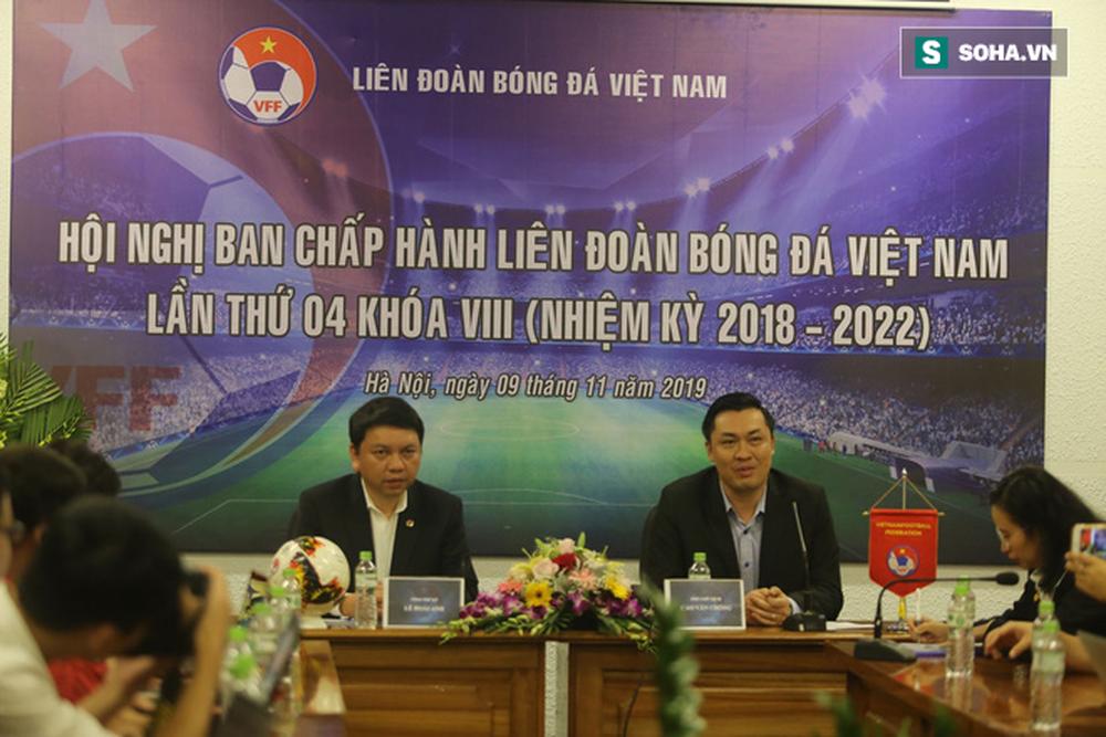 Tiết lộ: 4 CLB suýt bị loại khỏi V.League 2020, VFF chưa chốt ngày bầu PCT tài chính mới - Ảnh 2.