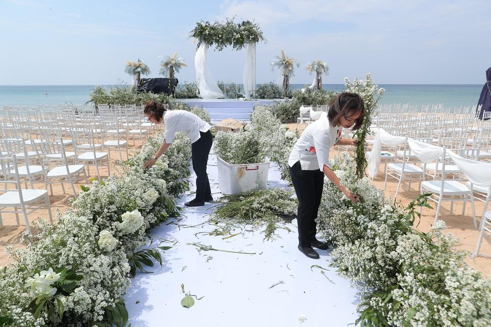 Hé lộ không gian siêu đám cưới 10 tỷ của Đông Nhi và thiếu gia giàu có - Ảnh 5.