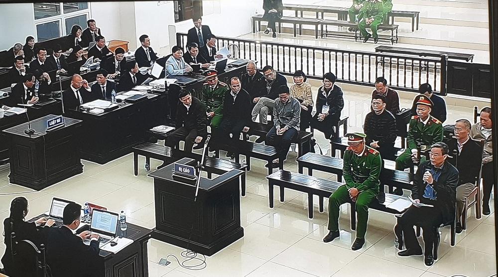 Ngày 4 xét xử vụ MobiFone mua AVG: Cựu Bộ trưởng Nguyễn Bắc Son hứa hẹn  sớm khắc phục hậu quả - Ảnh 2.