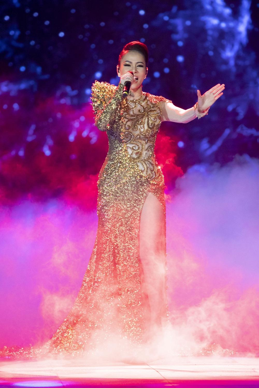 Thu Minh phấn khích khi đoán đúng Hoa hậu Hoàn vũ Việt Nam - Ảnh 7.