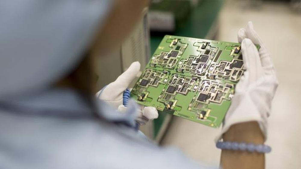 Chính phủ Trung Quốc ra lệnh cho các cơ quan nhà nước loại bỏ toàn bộ công nghệ nước ngoài trong 3 năm - Ảnh 1.