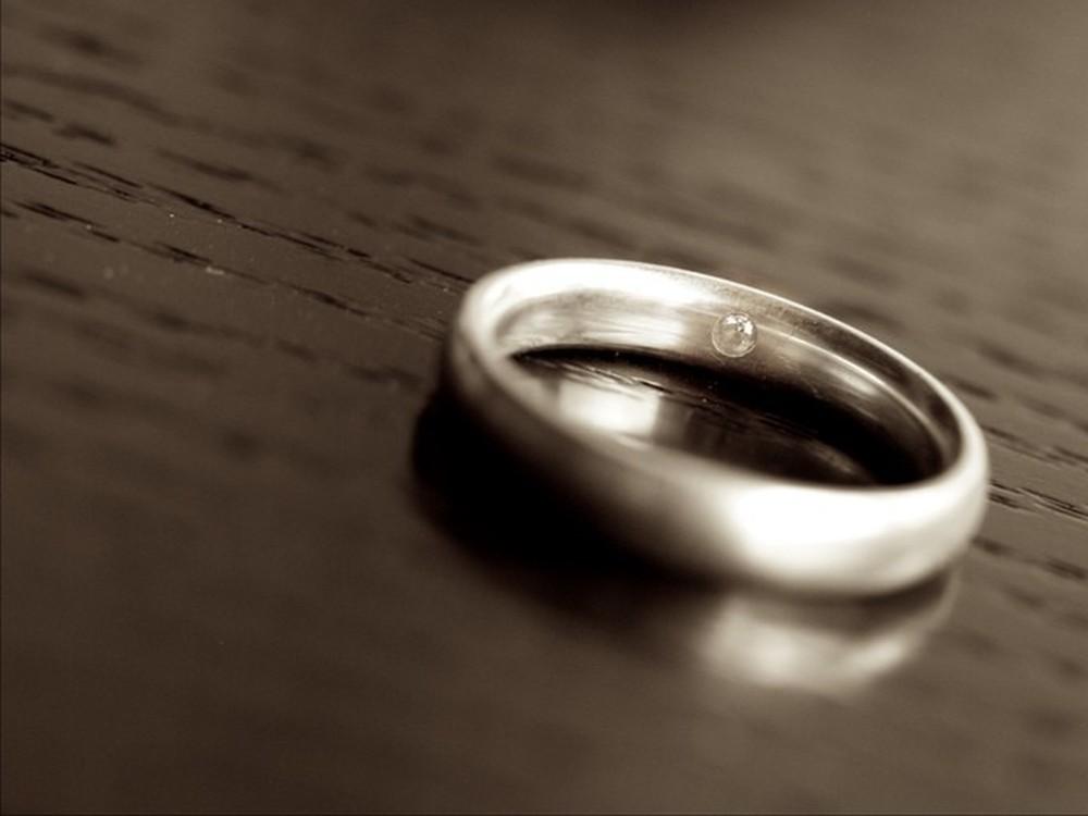 Tặng bà cụ không quen biết chiếc nhẫn, 1 năm sau, lái xe taxi nhận được bức thư đổi đời - Ảnh 3.