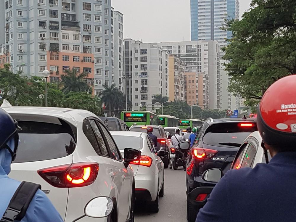 BRT đã bằng… xe buýt thường! - Ảnh 1.