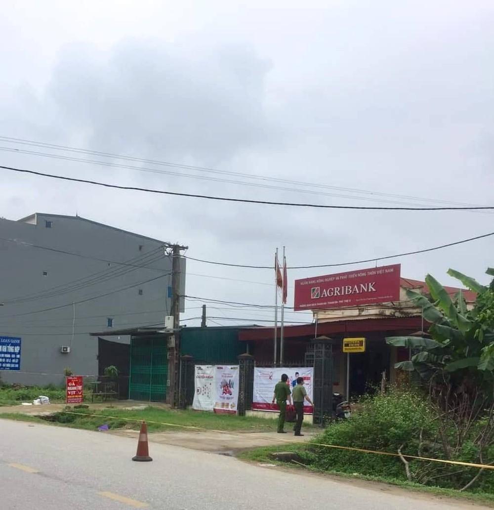Danh tính nghi phạm cướp hơn 500 triệu đồng của ngân hàng Agribank ở Phú Thọ - Ảnh 1.