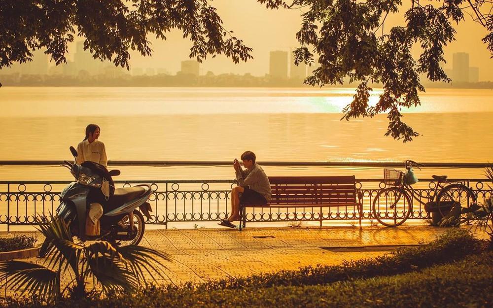 Định vị ngay tọa độ con hẻm nhìn ra hồ Tây cực thơ mộng làm giới trẻ Hà Nội đứng ngồi không yên mấy ngày nay - Ảnh 4.