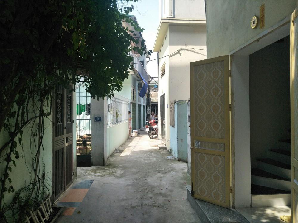 Chó Malinois cắn xé bà cụ ở Hà Nội chỉ buông tha nạn nhân khi bị đập gậy vào đầu - Ảnh 1.