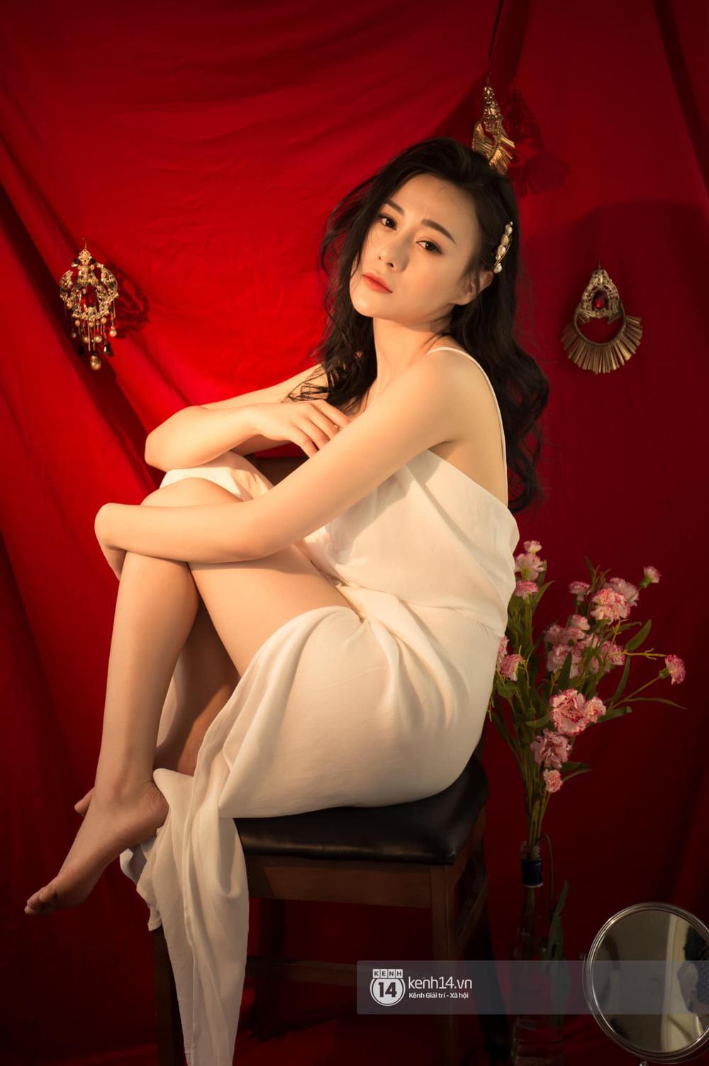 So kè 5 cô gái hội Tuesday màn ảnh Việt: Nóng bỏng từ phim đến đời thực, có người còn bị chê phản cảm vì khoe thân quá đà! - Ảnh 8.