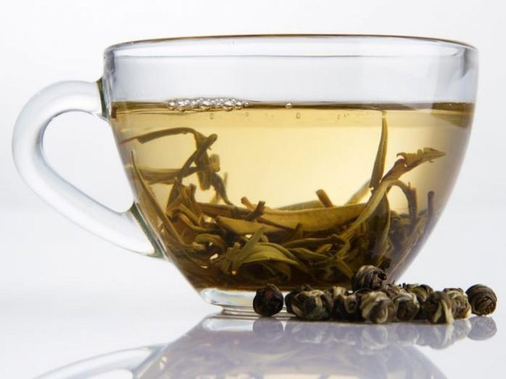 Công dụng tuyệt vời của bạch trà: Đây là lý do món đồ uống này vừa hiếm vừa đắt - Ảnh 5.