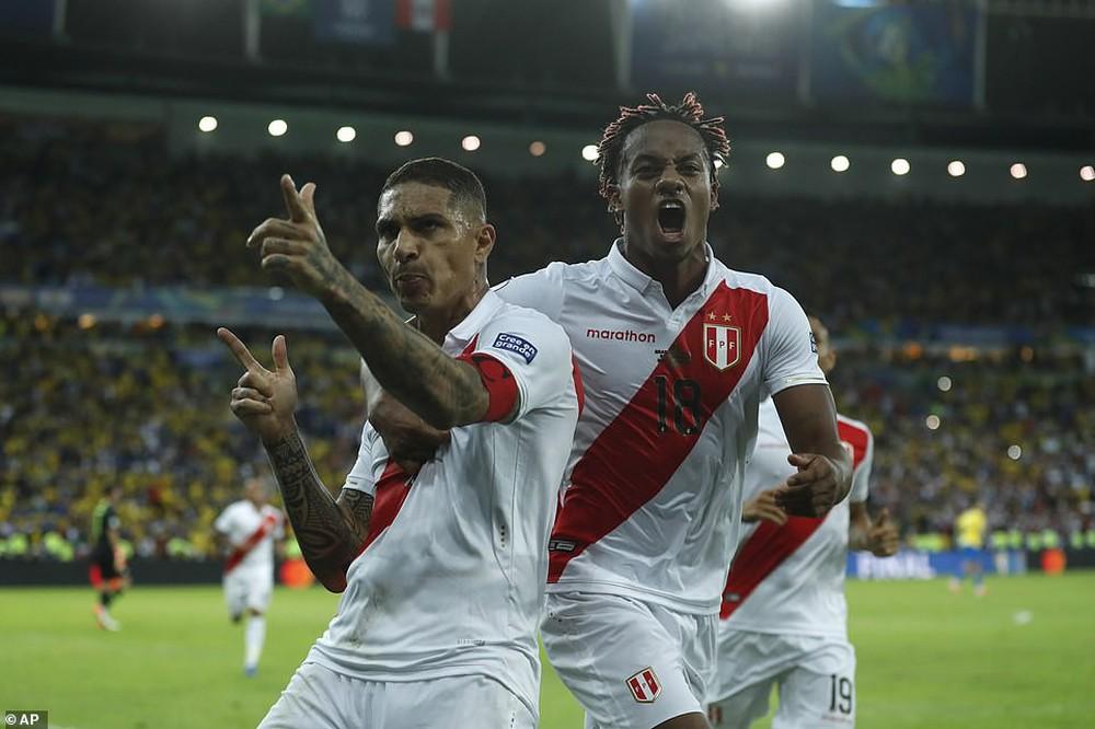 Thắng thuyết phục Peru, Brazil đăng quang ngôi vô địch Copa America sau 12 năm chờ đợi - Ảnh 2.