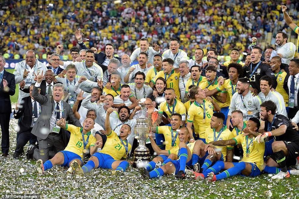 Thắng thuyết phục Peru, Brazil đăng quang ngôi vô địch Copa America sau 12 năm chờ đợi - Ảnh 7.