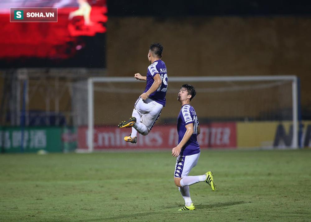 Liên tục ghi siêu phẩm trước đương kim Á quân châu lục, Hà Nội sắp tạo thêm kỷ lục - Ảnh 4.