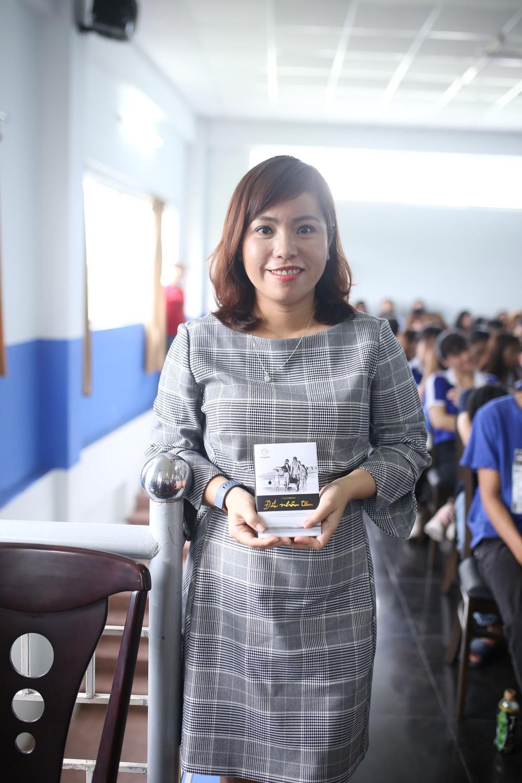 Thường xuyên dạy khởi nghiệp cho sinh viên, nữ giảng viên vẫn bất ngờ vì Hành trình Từ Trái Tim - Ảnh 3.