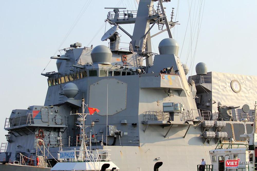 Chiến hạm Mỹ mang tên lửa Tomahawk diễn tập cùng ASEAN trên biển Đông - Ảnh 5.