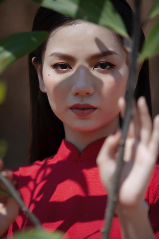 Hot girl Cả một đời ân oán Hạ Anh xinh đẹp trong tà áo dài, tiết lộ dự án với tài tử TVB - Ảnh 1.