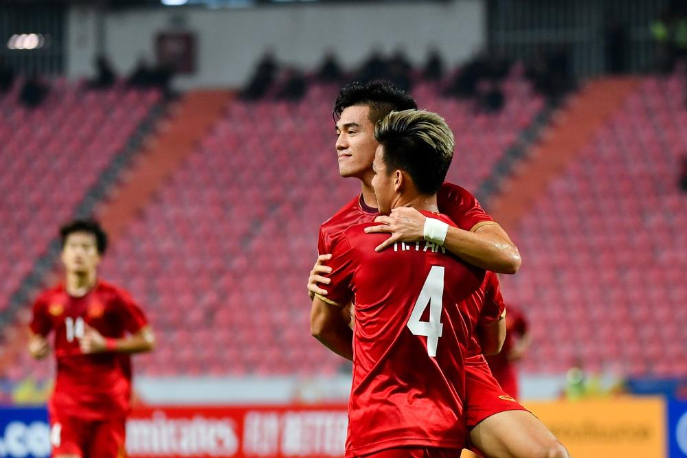 Báo Trung Quốc: Được đầu tư khủng khiếp, rốt cuộc đội Olympic chỉ bằng một góc Việt Nam - Ảnh 2.