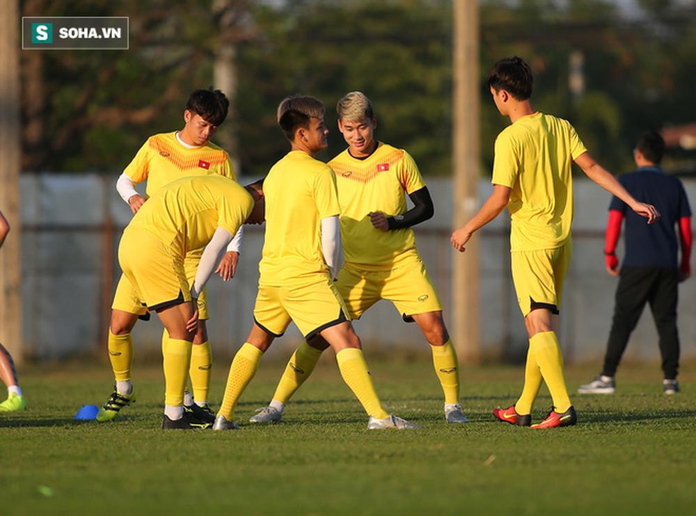 Sau ưu ái từ AFC, thầy Park nắn gân học trò, cho U23 Việt Nam rèn bài tủ chờ đấu U23 UAE - Ảnh 2.