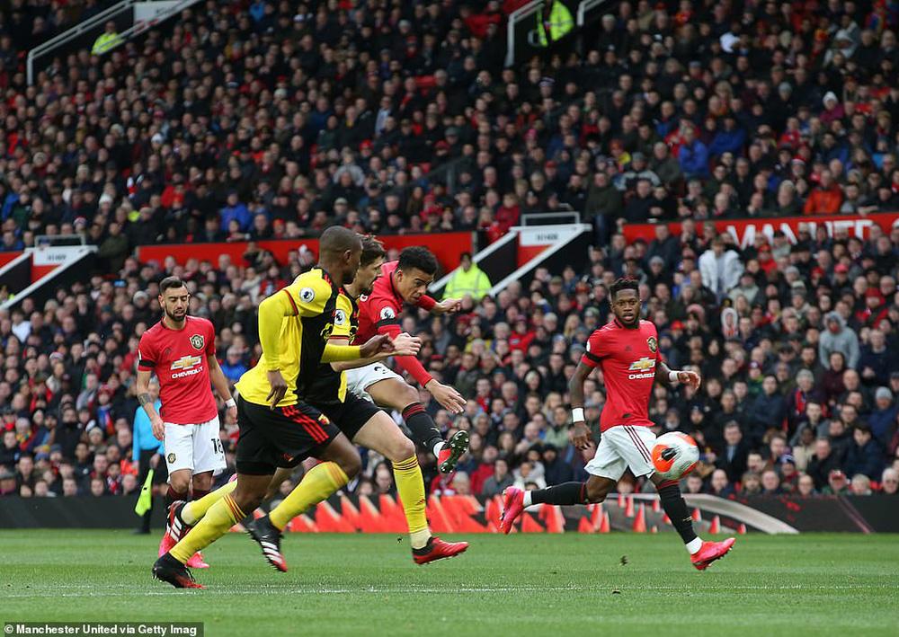 Bruno Fernandes 3 lần lập chiến công, Man United thẳng tiến vào top 5 sau trận đại thắng - Ảnh 3.