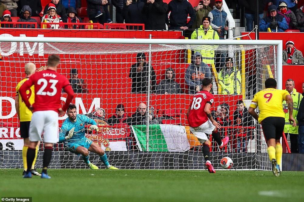 Bruno Fernandes 3 lần lập chiến công, Man United thẳng tiến vào top 5 sau trận đại thắng - Ảnh 1.