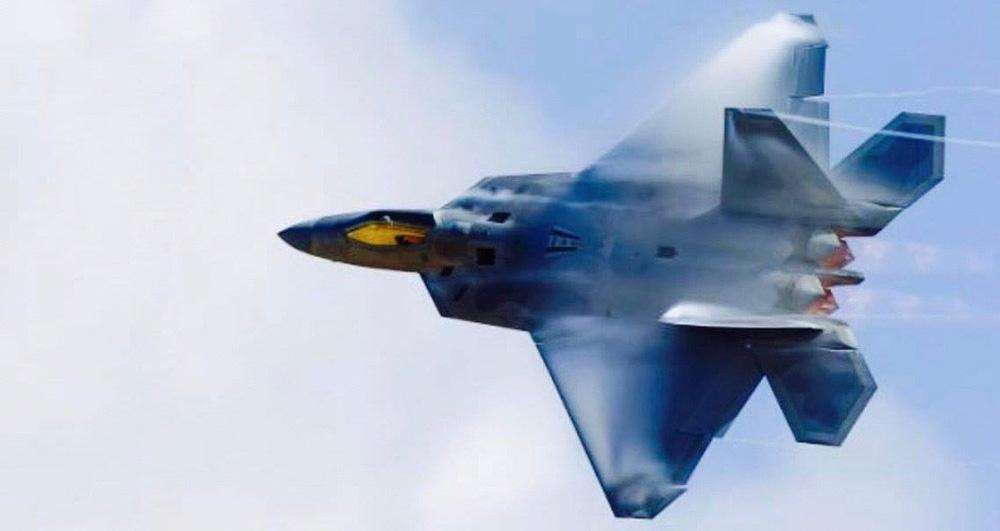 MiG-31 Nga không chiến F-22 Mỹ: Kẻ nào bắn tan xác đối thủ? - Ảnh 4.