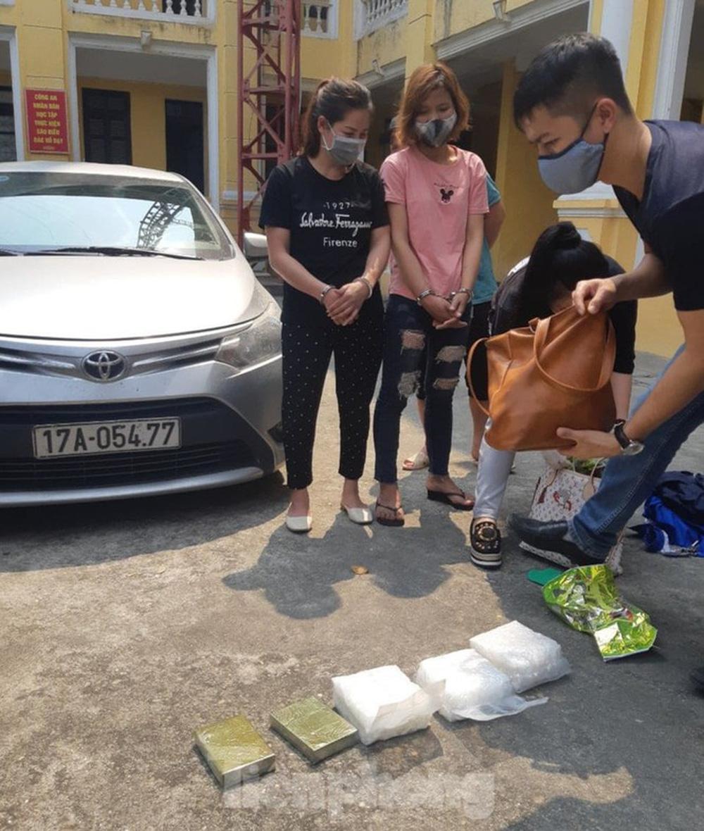 Phá đường dây ma túy lớn từ Sơn La về Thái Bình, Nam Định - Ảnh 1.