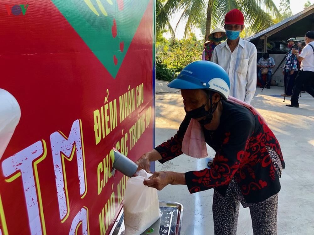 Những ATM gạo nghĩa tình giúp dân nghèo ở ĐBSCL vượt qua khốn khó - Ảnh 1.