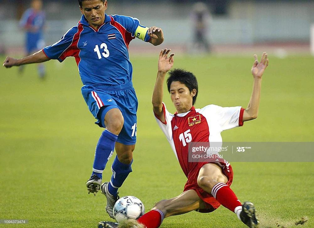 Nhà vô địch AFF Cup: CĐV Oman thổi kèn inh ỏi suốt trận, cầu thủ Việt Nam dễ mất tập trung - Ảnh 4.