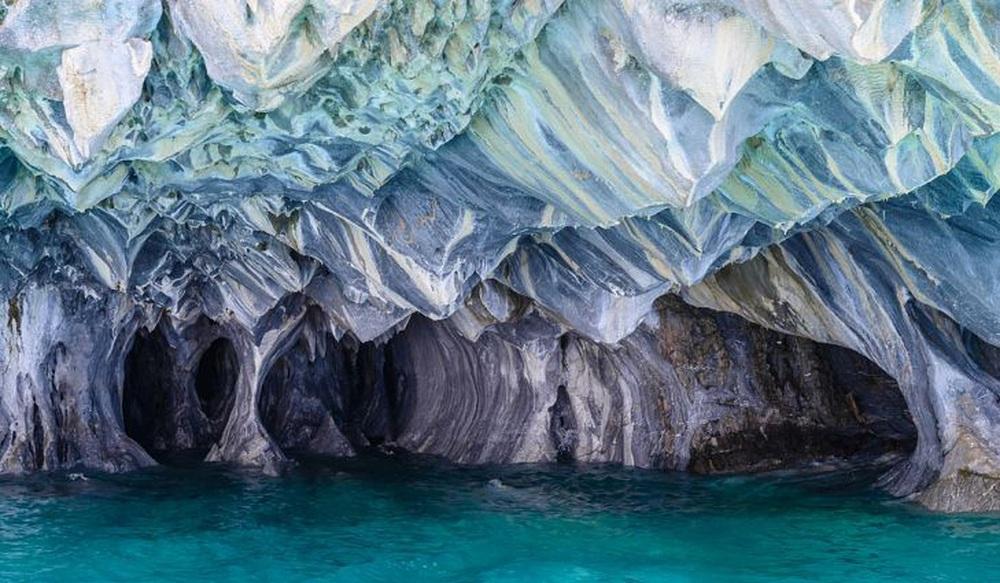 Thiên nhiên kỳ bí: Hang động đá quý 6.000 tuổi thách thức giới khoa học tìm tòi - Ảnh 1.