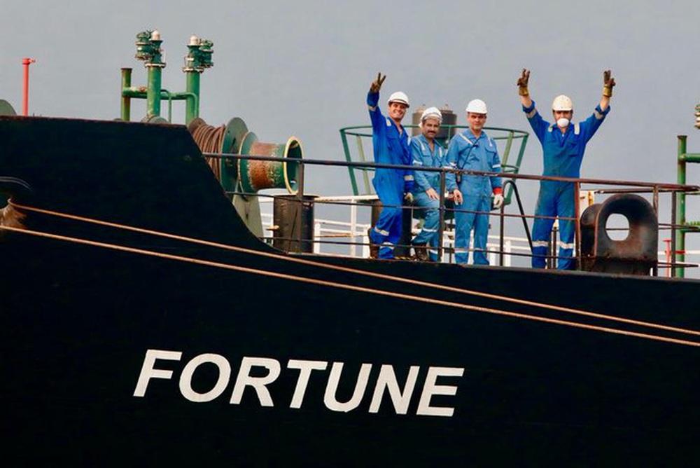 NÓNG: Liên tiếp đột phá, tỷ số sắp là 3-0, Venezuela-Iran dẫn trước - Cái gọi là vòng vây của Hải quân Mỹ rách toang? - Ảnh 27.