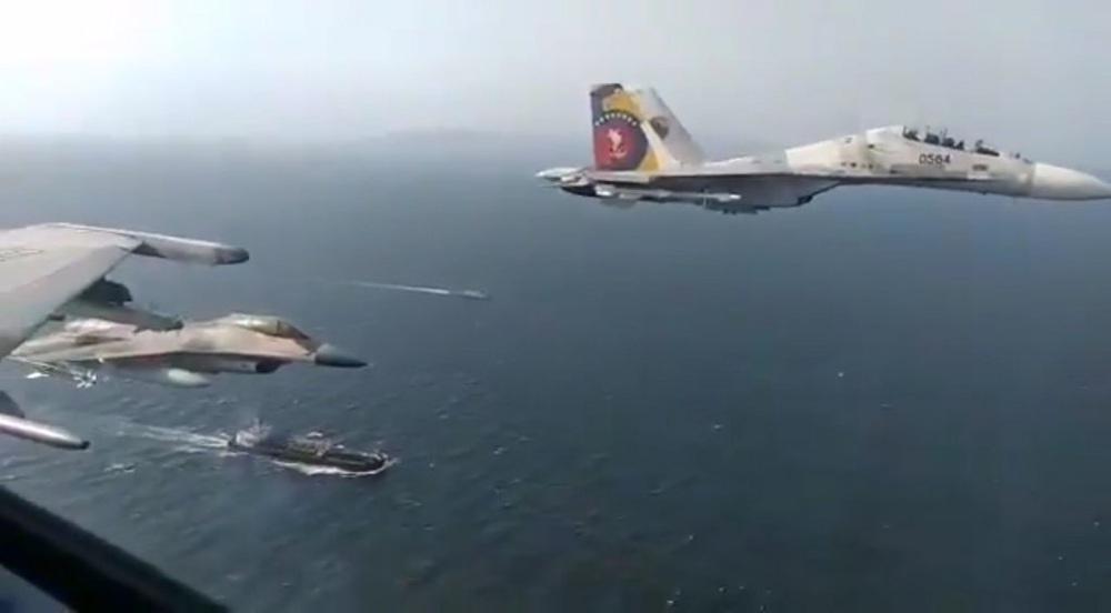 NÓNG: Liên tiếp đột phá, tỷ số sắp là 3-0, Venezuela-Iran dẫn trước - Cái gọi là vòng vây của Hải quân Mỹ rách toang? - Ảnh 20.