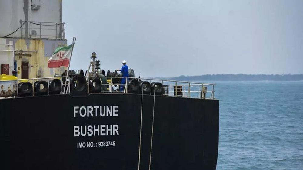 NÓNG: Liên tiếp đột phá, tỷ số sắp là 3-0, Venezuela-Iran dẫn trước - Cái gọi là vòng vây của Hải quân Mỹ rách toang? - Ảnh 14.