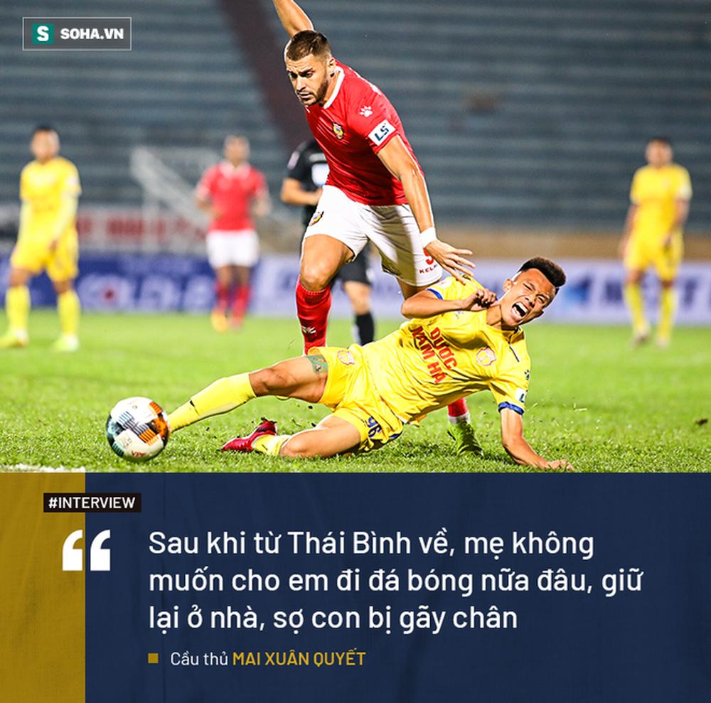 Ký ức về lò xay cầu thủ Việt Nam và hành trình khốc liệt đi từ giải cấp xã lên V.League - Ảnh 1.