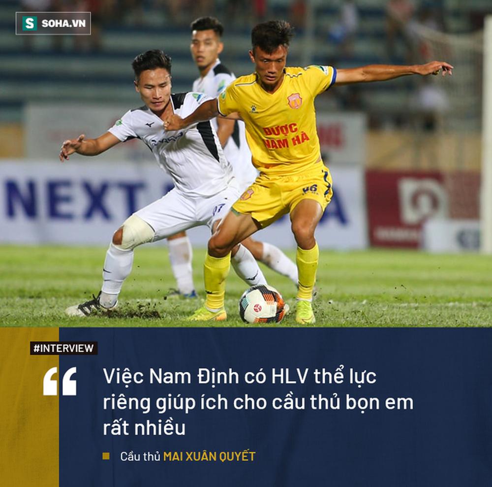 Ký ức về lò xay cầu thủ Việt Nam và hành trình khốc liệt đi từ giải cấp xã lên V.League - Ảnh 6.
