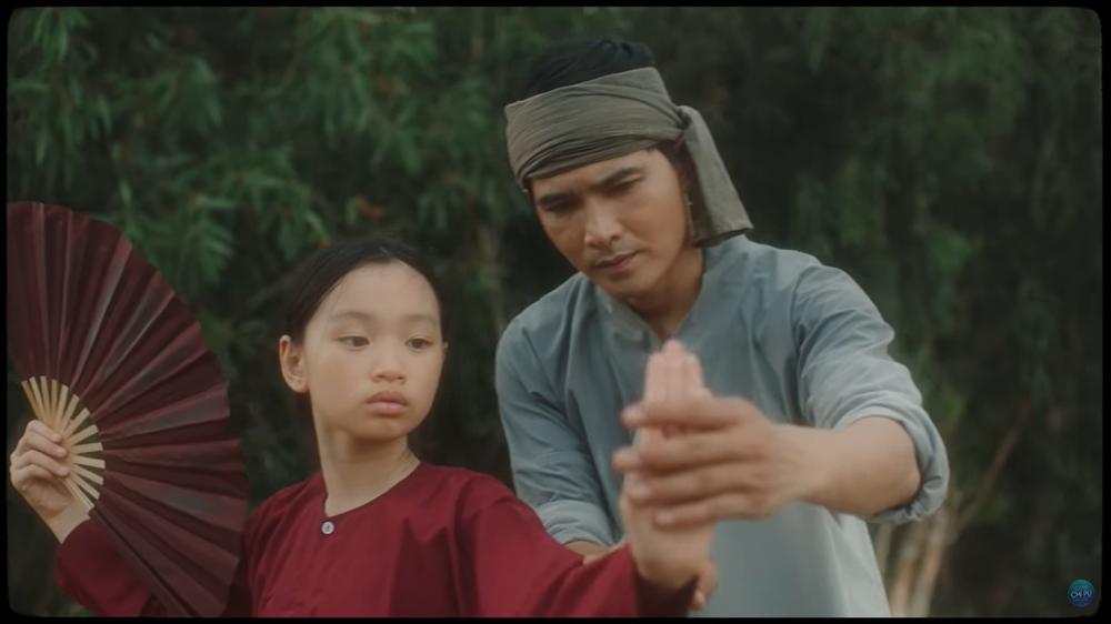 Mời Ngọc Trinh vào MV mới: Giải mã sự khôn ngoan và đầy toan tính của Chi Pu - Ảnh 7.