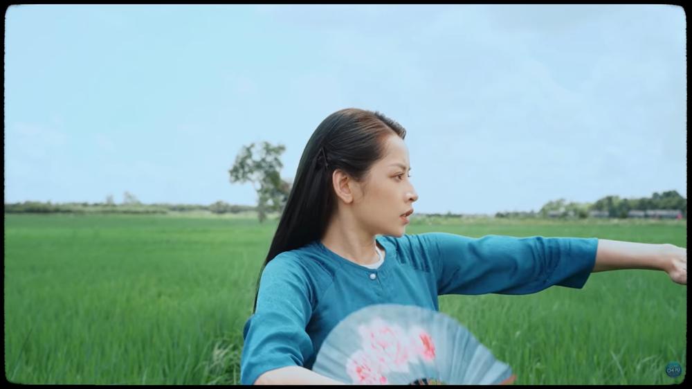 Mời Ngọc Trinh vào MV mới: Giải mã sự khôn ngoan và đầy toan tính của Chi Pu - Ảnh 4.