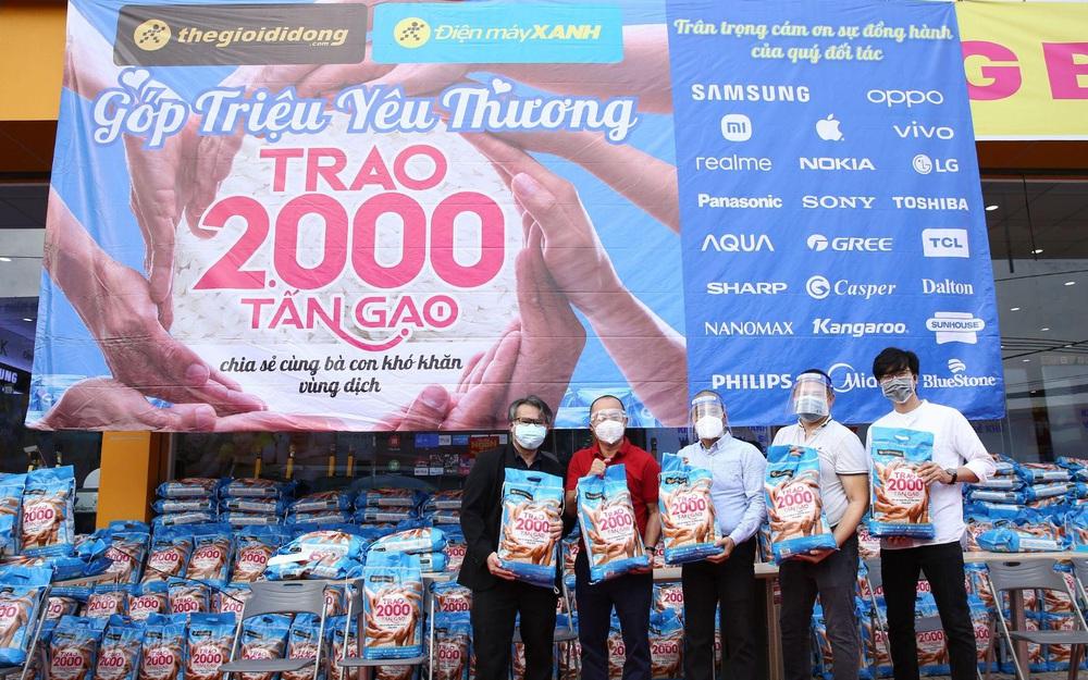 """2.000 tấn gạo miễn phí và sự chung tay của các """"sếp lớn"""" Sunhouse, Sharp, Philips, Xiaomi, Panasonic"""