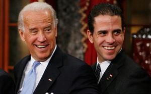 Lùm xùm quanh chuyện làm ăn của gia đình Biden lan rộng - ảnh 2