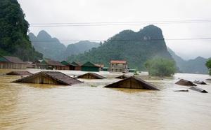 Nhà phao tránh lũ an toàn của người dân miền núi Quảng Bình - ảnh 4