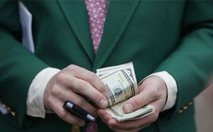 Goldman Sachs: Nền kinh tế Mỹ sẽ được 'giải cứu' nếu người dân bị bắt buộc phải đeo khẩu trang - ảnh 1