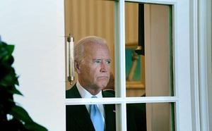 Thủ tướng Anh lần đầu điện đàm với Tổng thống Mỹ Joe Biden - ảnh 1