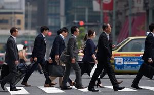 COVID-19 tăng kỷ lục, Tổng thống Indonesia yêu cầu người dân ở nhà - ảnh 1
