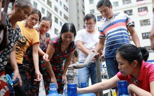 Hà Nội: Nguồn nước sạch sông Đà đã an toàn, người dân có thể dùng sinh hoạt, ăn uống - ảnh 1