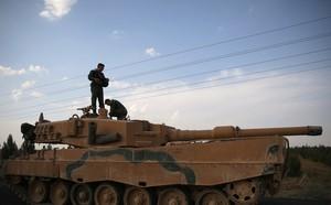 Thân binh không phải để chơi: Quốc vương Thái tương kế tựu kế nhằm kiểm soát quân đội? - ảnh 3