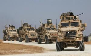 Trực thăng Nga đổ bộ căn cứ Mỹ, quân cảnh áp sát biên giới Syria: Chiếm trận địa thần tốc - ảnh 3