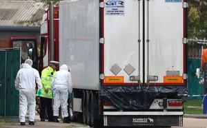Hành trình treo người dưới gầm xe tải và cuộc sống không biết ngày, đêm của người Việt di cư trái phép đến Anh - ảnh 3