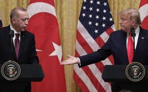 Lảng tránh vấn đề Syria, TT Trump tự nhận là fan của Erdogan - ảnh 1