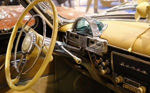 Cố TBT Liên Xô Brezhnev: Mê lái xe sang, từng suýt gây họa cho TT Mỹ Nixon nhưng cả đời chưa từng bị phạt - ảnh 4