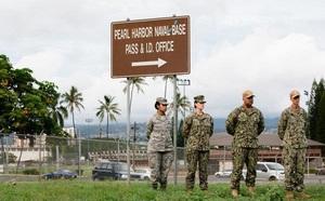 Nổ súng ở căn cứ hải quân của Mỹ, nhiều người bị thương - ảnh 1